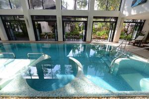 The swimming pool at or near Rarin Jinda Wellness Spa Resort