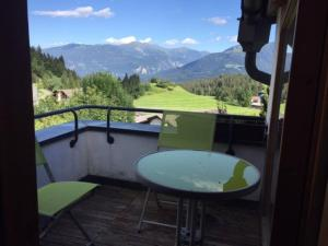 A balcony or terrace at Flims Charlet