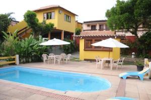A piscina localizada em Pousada Sabor Bahia ou nos arredores