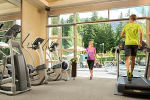 The fitness center and/or fitness facilities at Fairmont Chateau Whistler