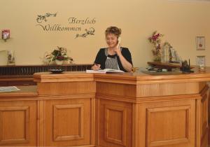 The lobby or reception area at Hotel ELBRIVERA Alt Prester