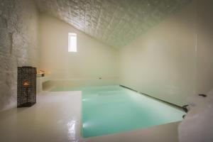 The swimming pool at or close to Villa Pauletta