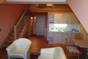 A kitchen or kitchenette at Zum Springbrunnen