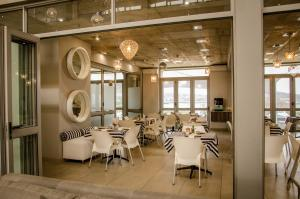A restaurant or other place to eat at Chill Pepper Boutique Hotel