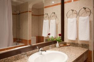 Ванная комната в Kenzi Europa