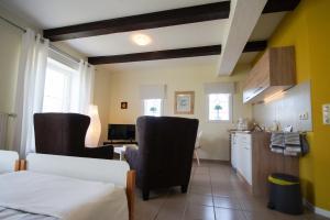 Küche/Küchenzeile in der Unterkunft Ferienwohnungen auf dem Carlshof in Jork - Altes Land