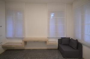 A seating area at Carbonaia Venezia