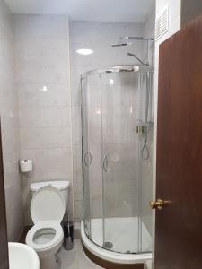 A bathroom at Crosshill House