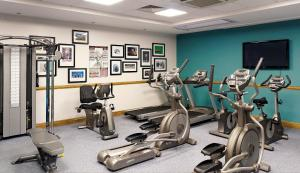 The fitness center and/or fitness facilities at Jurys Inn Leeds