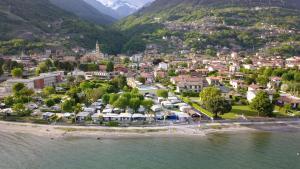 Een luchtfoto van Camping Villaggio Paradiso