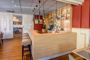 The lounge or bar area at Hotel Oepkes