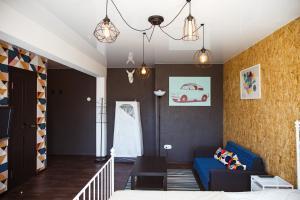 A seating area at Apartamenty Kalina na Mira, 13