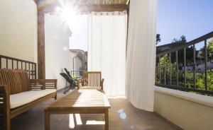 A balcony or terrace at Apartments Dvor