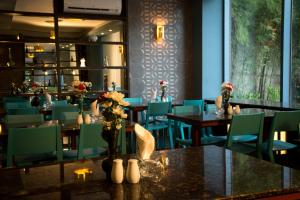 A restaurant or other place to eat at Appleton Boutique Hotel Cebu