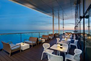 A restaurant or other place to eat at Hilton Batumi