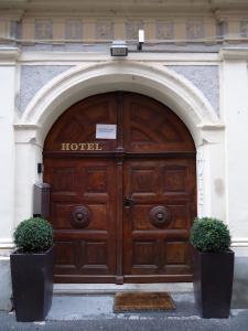 The facade or entrance of Altstadthotel Augsburg