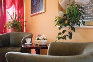 Prostor za sedenje u objektu Garni Hotel Belvedere