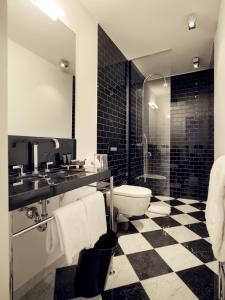 A bathroom at THE QVEST hideaway