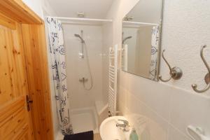 Ein Badezimmer in der Unterkunft Klosterherberge