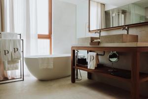 Łazienka w obiekcie Es Princep - The Leading Hotels of the World