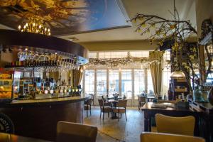 De lounge of bar bij Hotel XL