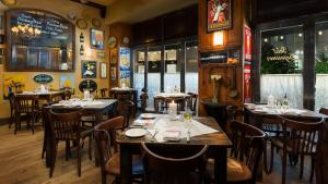 A restaurant or other place to eat at Hotel Mela Times Square