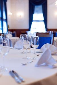 Ein Restaurant oder anderes Speiselokal in der Unterkunft BRISTOL Hotel Opatija
