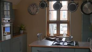 A kitchen or kitchenette at The Keep