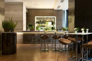 The lounge or bar area at Starhotels Echo