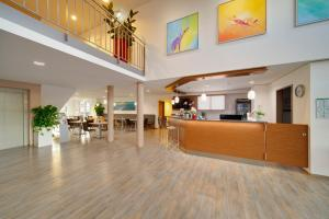 The lobby or reception area at Euro Hotel Friedberg