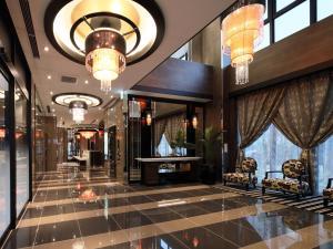 The lobby or reception area at APA Hotel Shin-Osaka-Ekiminami