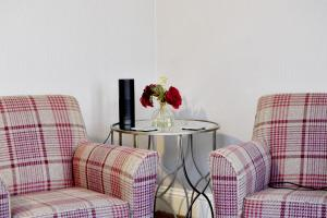A seating area at Avenue Guest House