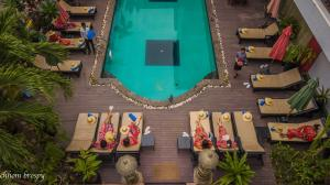 A view of the pool at Mekong Angkor Palace Inn or nearby