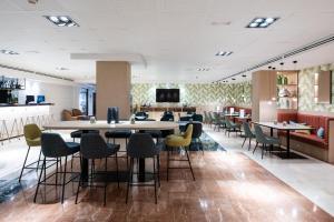 מסעדה או מקום אחר לאכול בו ב-Catalonia Diagonal Centro