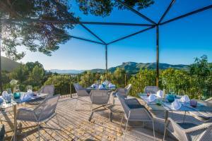 Restauracja lub miejsce do jedzenia w obiekcie Carrossa Hotel Spa Villas