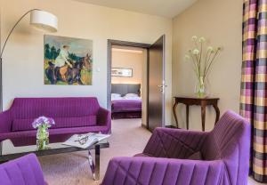 A seating area at Hotel Kossak