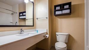 A bathroom at Best Western Edgewater Inn