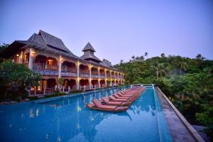 Piscina en o cerca de Santhiya Koh Phangan Resort and Spa