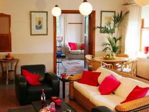 Een zitgedeelte bij Beautiful country house on a private estate