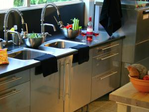 Een keuken of kitchenette bij Beautiful country house on a private estate
