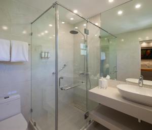 A bathroom at Sugar Bay Barbados - All Inclusive