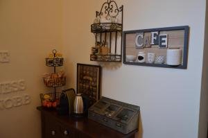 A kitchen or kitchenette at Il Salernitano Bed and Breakfast