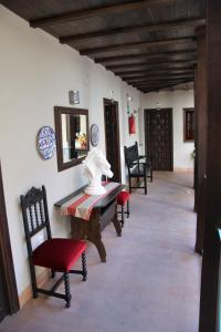 A seating area at Hotel Patio de las Cruces