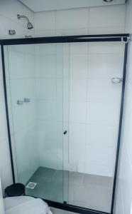 Een badkamer bij Ipanema Beach Hostel