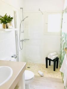 A bathroom at Cabaña Cala Saona