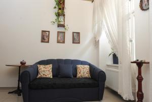 Area soggiorno di Antique apartment in Prague