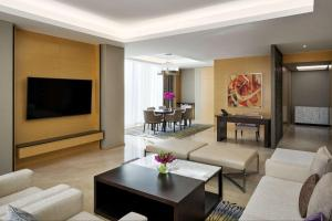 Uma área de estar em Hyatt Regency Riyadh Olaya