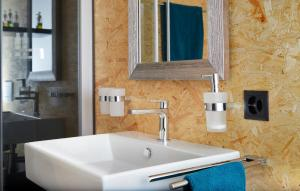 A bathroom at La Forge de Diogne, 2 pces spacieux et lumineux