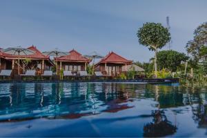 The swimming pool at or near Lembongan Seaview
