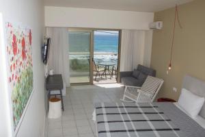 A balcony or terrace at Creta Mare Hotel